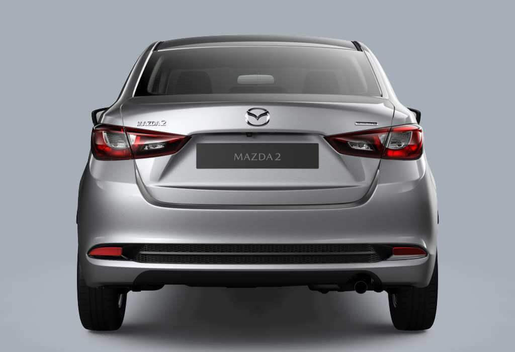 Mazda 2 Sedán Cola