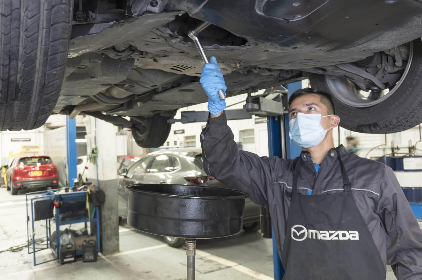 Servicio de mecánica Mazda